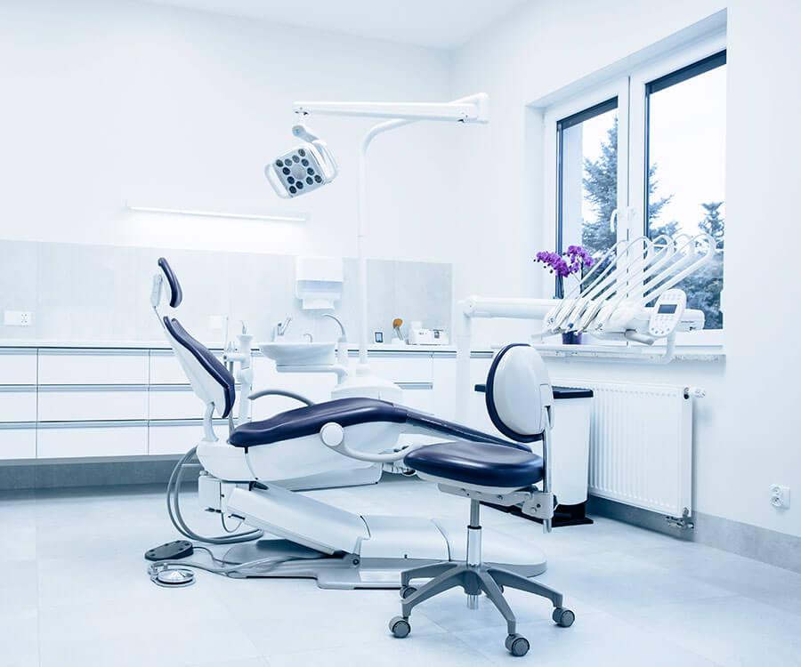 Dental clinic in Etobicoke
